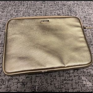 Kate Spade ♠️ padded laptop cover gold tone zip